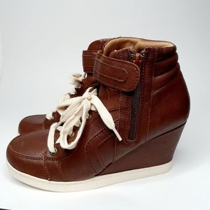 Candie's Lace up Wedge Sneakers NWT